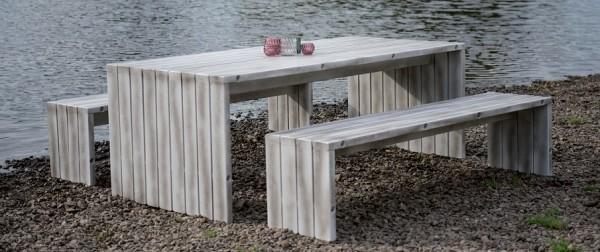 Holzbank und Tisch Vancouver